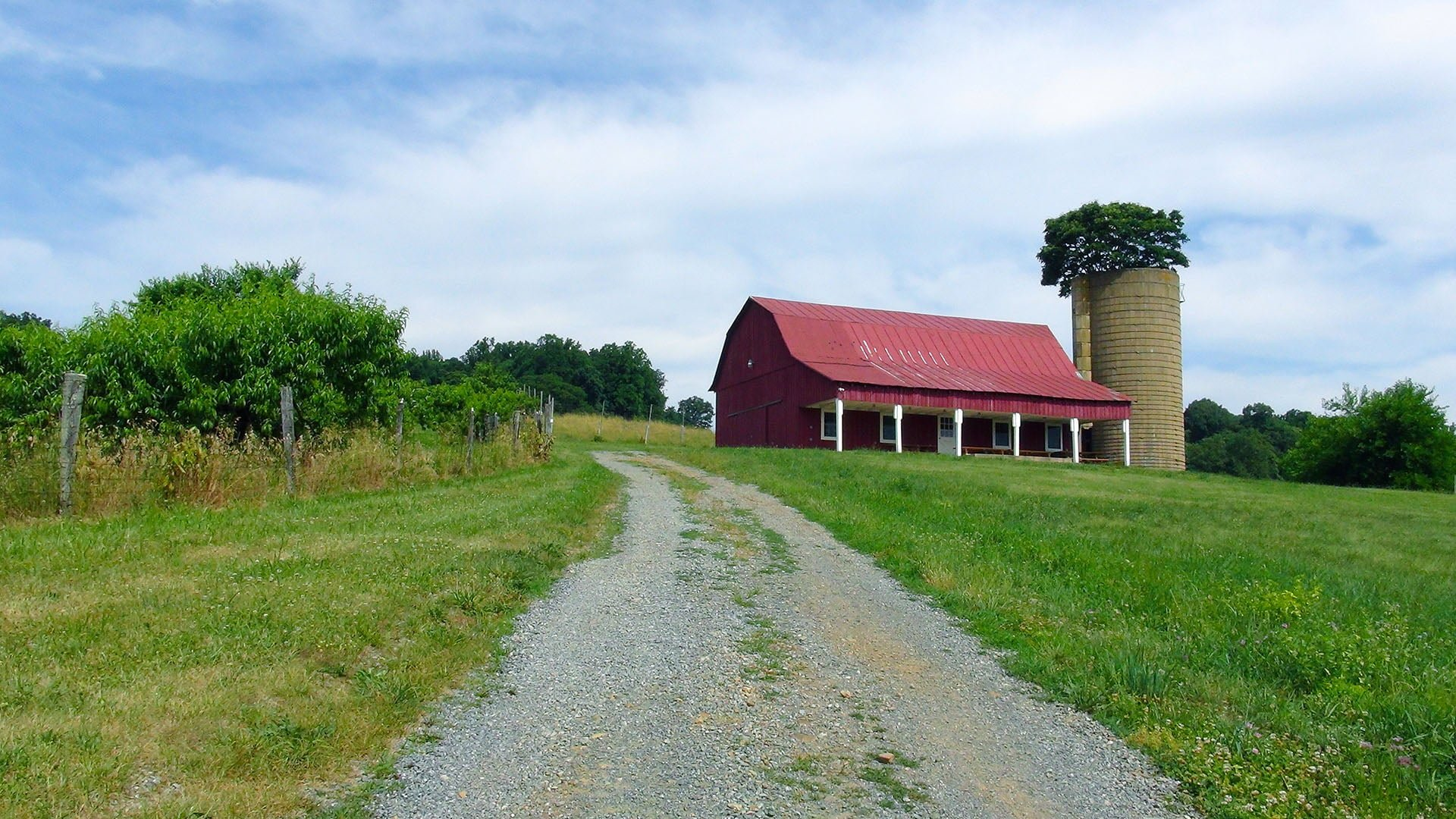 Valley View Farm Red Barn